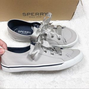 Sperry gray canvas satin lace up sneakers sz6.5